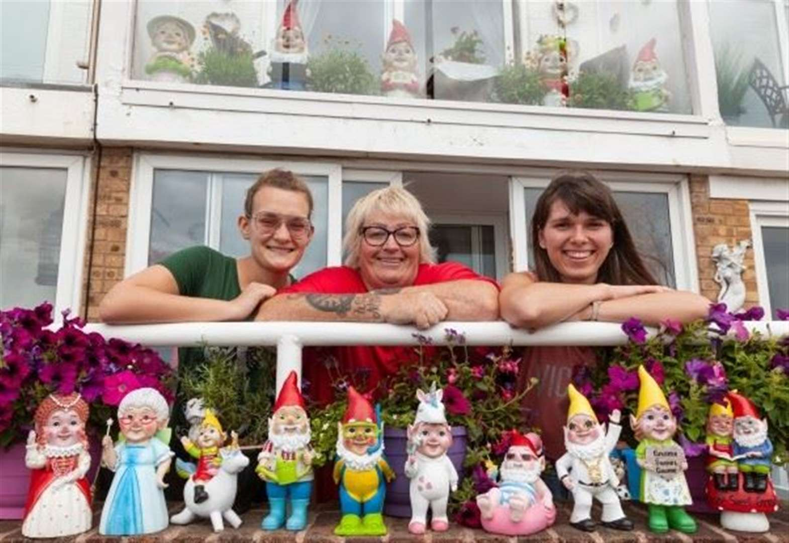 Gnome house attracting big crowds