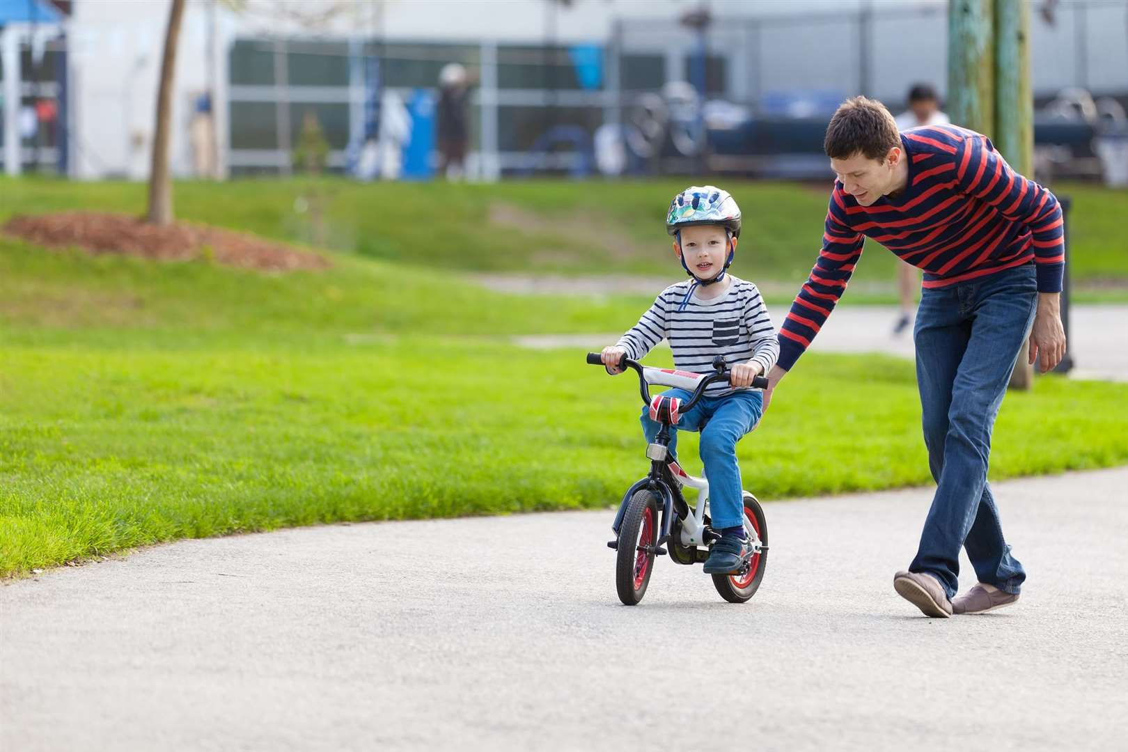 Do you and the kids need some help cracking the bike riding?