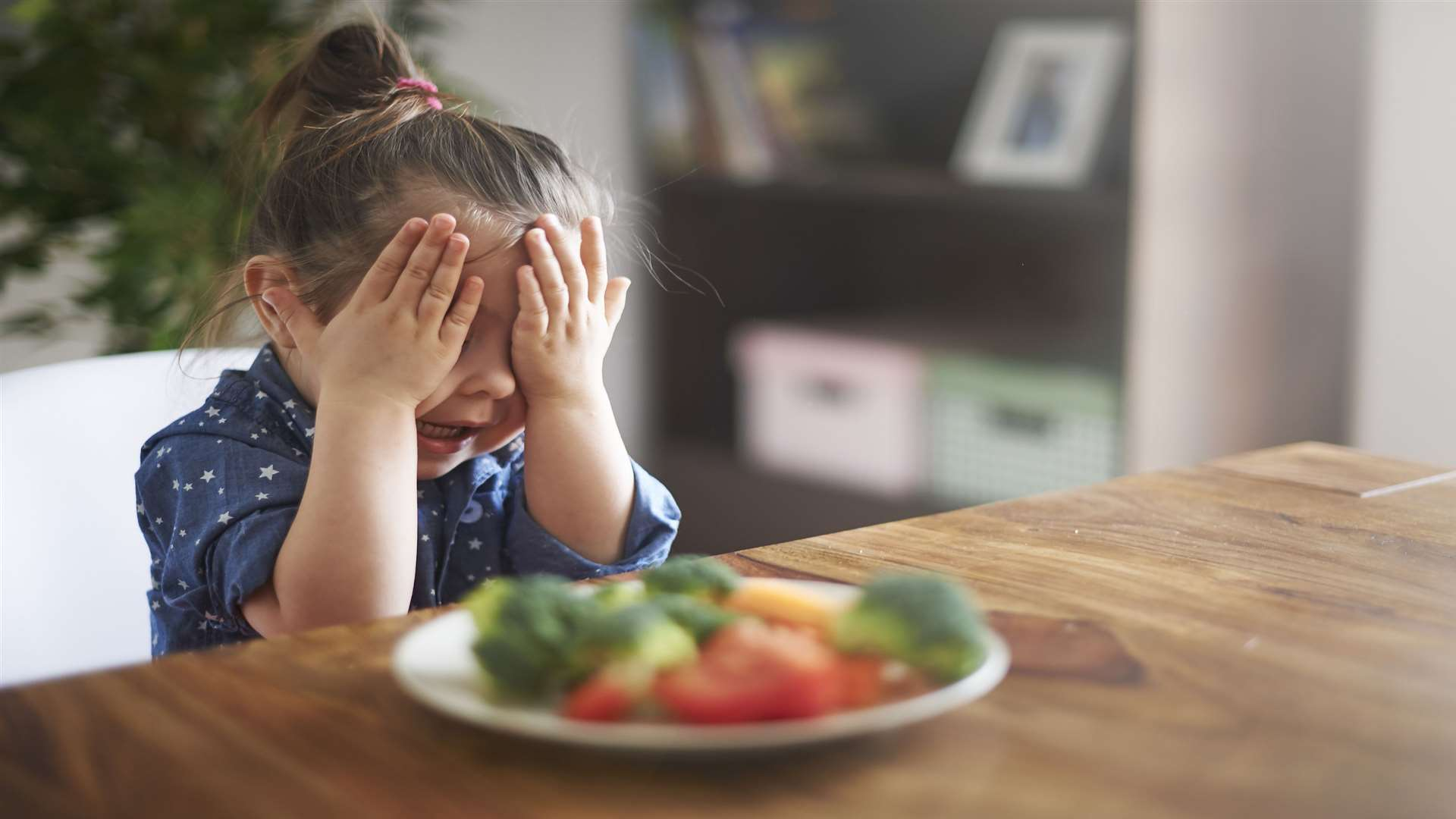 Getting children to eat fruit and vegetables can be really tough for parents.