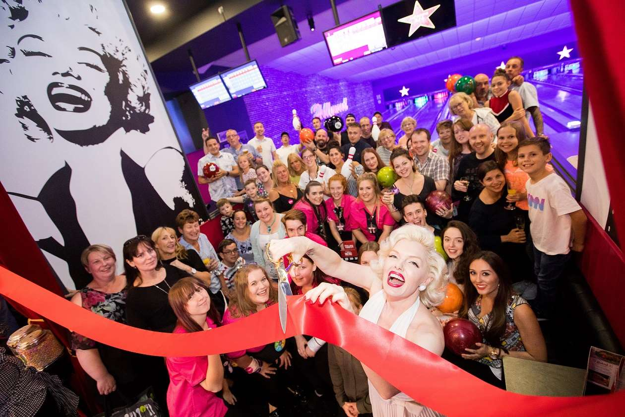 Guests and Marilyn at VIP opening of Hollywood Bowl Ashford
