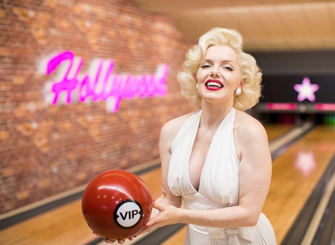 Marilyn bowls the first ball at the new Hollywood Bowl Ashford