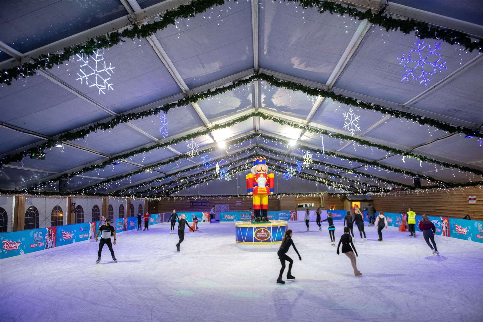 Bluewater has confirmed the return of its ice rink