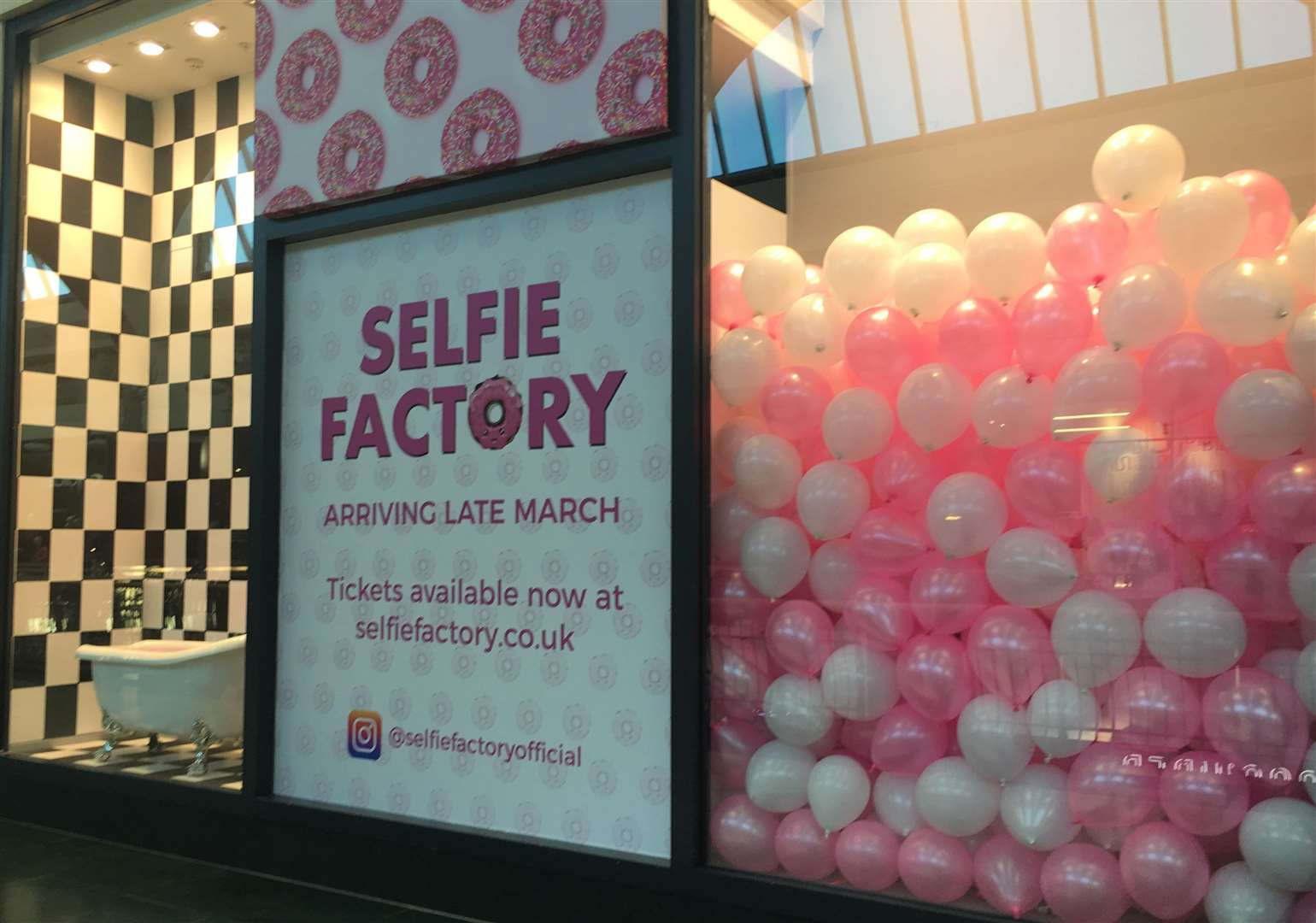 The Selfie Factory will close in May