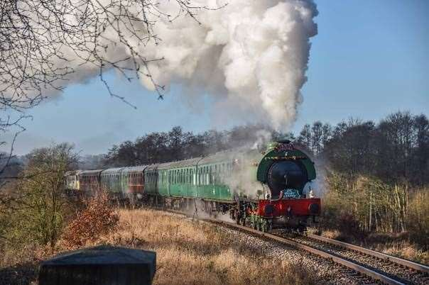 Additional carriages and more dates have been added to Santa Specials