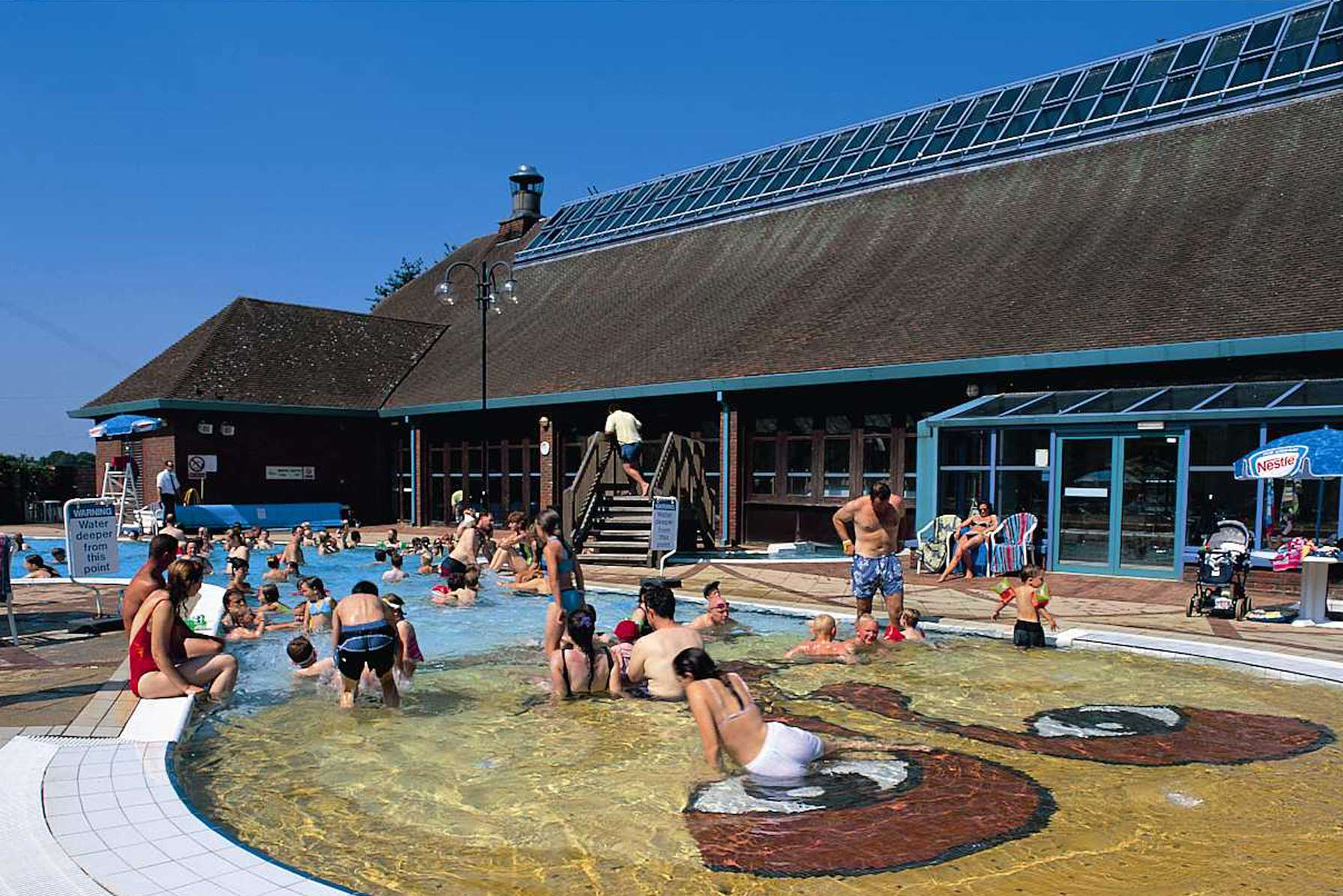 Kent 39 S Outdoor Swimming Pools And Splash Parks